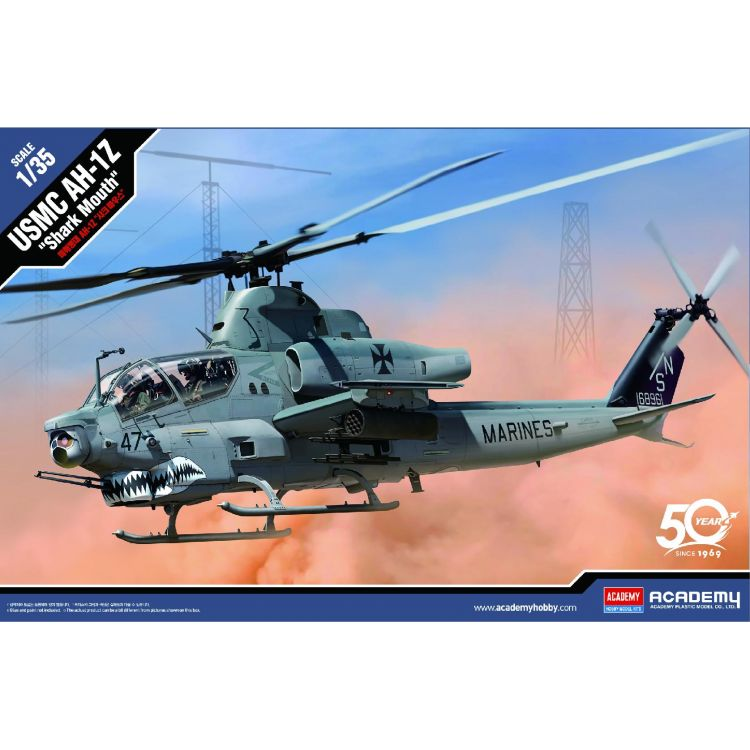 """Model Kit vrtulník 12127 - USMC AH-1Z """"Shark Mouth"""" (1:35)"""