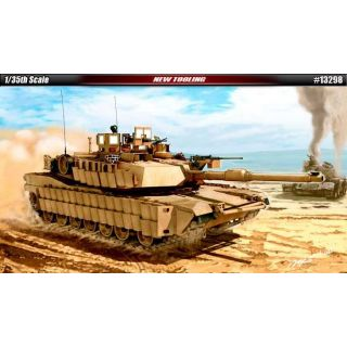 Model Kit tank 13298 - U.S. Army M1A2 TUSK II (1:35)
