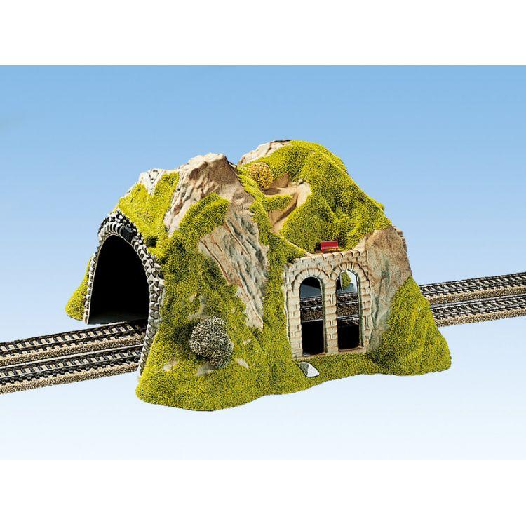Hora s tunelom, dvojkoľajný 30 x 28 cmNO02430