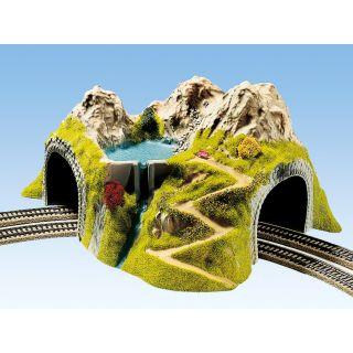 Hora s tunelom, oblúk, dvojkoľajný 43 x 41 cm NO05180