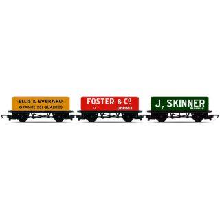 Set tří nákladních vagónů HORNBY RAILROAD R6784 - Open Wagons