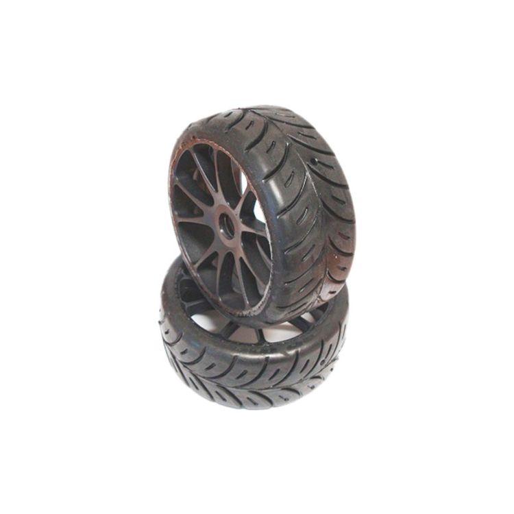 1/8 GT COMPETITION gumy SUPER SOFT - ON MULTI nalepené gumy, černé disky, 2ks.