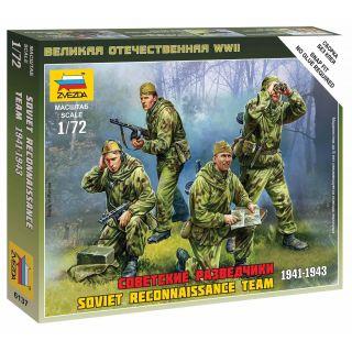 Wargames (WWII) figurky 6137 - Soviet Reconnaissance Team (1:72)