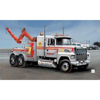 Model Kit truck 3825 - US WRECKER TRUCK (1:24)