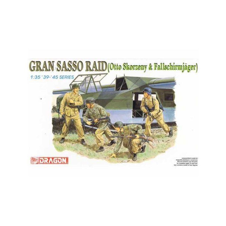 Model Kit figurky 6094 - GRAN SASSO RAID (1:35)