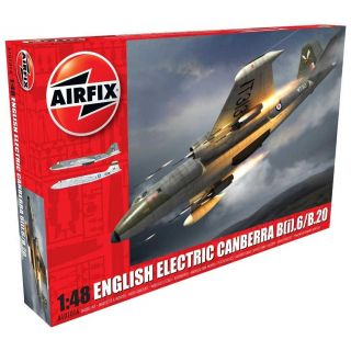 Classic Kit letadlo A10101A - English Electric Canberra B2/B20 (1:48)