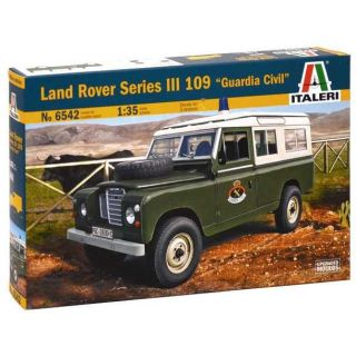 "Model Kit auto 6542 – LAND ROVER III 109 ""Guardia Civil"" (1:35)"