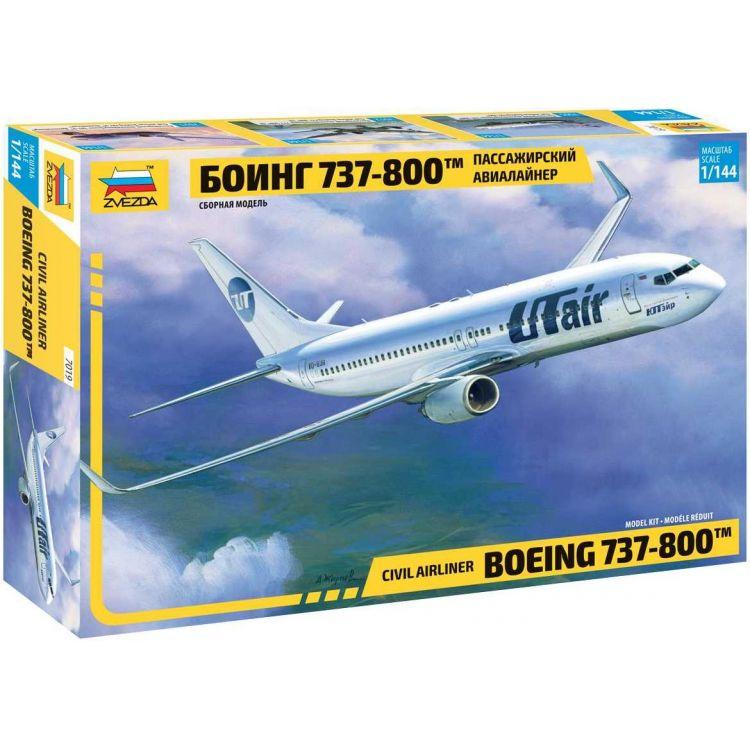 Model Kit letadlo 7019 - Boeing 737-800 (1:144)