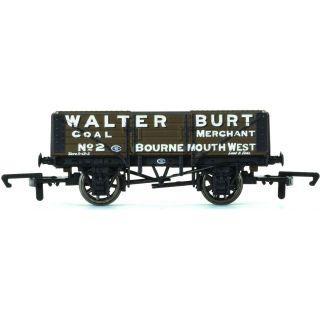 Vagón nákladní HORNBY R6747 - 5 Plank Wagon 'Walter Burt'