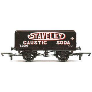 Vagón nákladní HORNBY R6811 - 7 Plank Wagon 'Staveley'