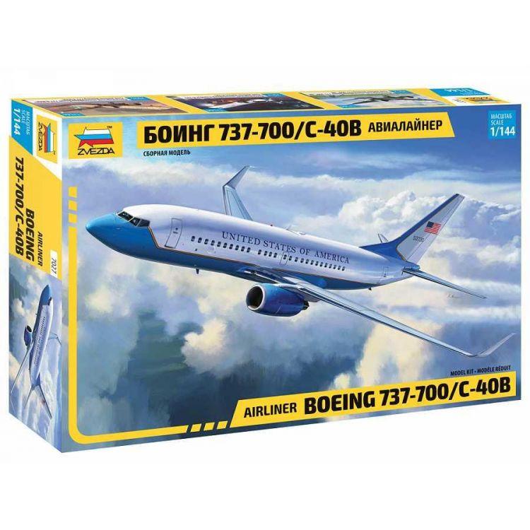 Model Kit letadlo 7027 - Boeing 737-700/C-40B (1:144)