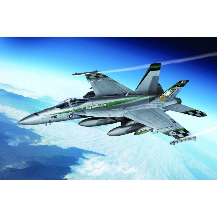 "Model Kit letadlo 12565 - USN F/A-18E ""VFA-195 Chippy Ho"" (1:72)"